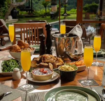 Have a Brunch and Tarot Reading Inside Your Nakula Private Villa